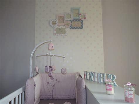papier peint chambre bebe conseil deco chambre bébé fille proche de beauvais home