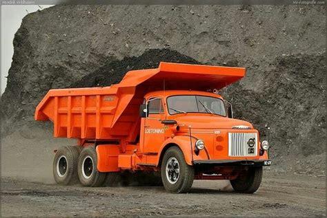 images  antique dump trucks  pinterest