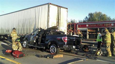 How Semi Truck Accident Lawsuits Differ From Car Crashes