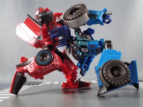 Top 5 Best Toys From Transformers Robots In Disguise 2015