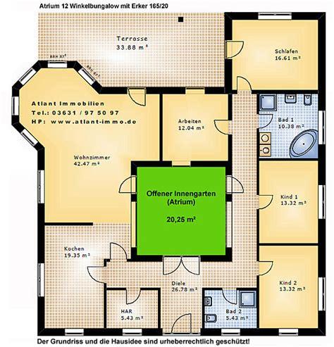Bungalow Mit Atrium by Atrium 12 Winkelbungalow Mit Erker 165 20 Einfamilienhaus