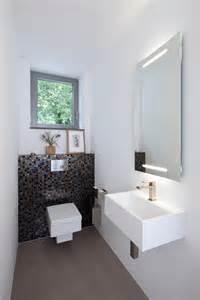 badezimmer design 2015 kleines gäste wc modern stil für gästetoilette mit fenster holle architekten in germany