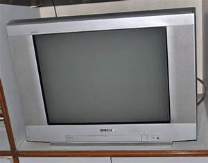 Sony Wega Trinitron 25 Inch Tv In Excellant Condition For