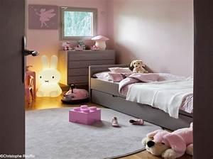 deco chambre fille gris et rose With chambre enfant gris et rose