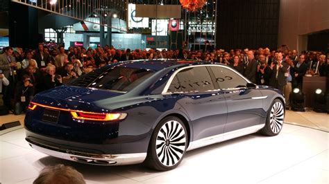 Pictures Of New Lincoln Continental by All New Lincoln Continental Shifting Lanes