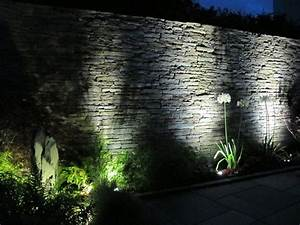 10 idees d39eclairage exterieur pour la maison habitatpresto With eclairage exterieur pour arbre