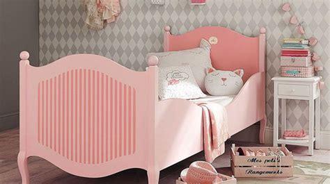 une chambre de fille déco chambre enfant aménagement plans côté maison