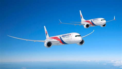 malaysia airlines orders boeing  dreamliner