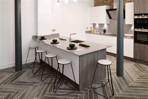 popular kitchen tile flooring options