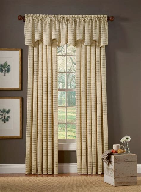 Pretty Windows Valances by 29 Best Pretty Curtains N Drapes Images On