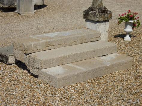 Escalier D'extérieur En Pierre Du Xixe Siècle