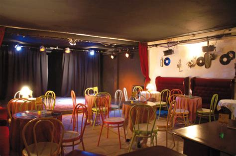 chambre hote antibes photo café théâtre scène sur mer