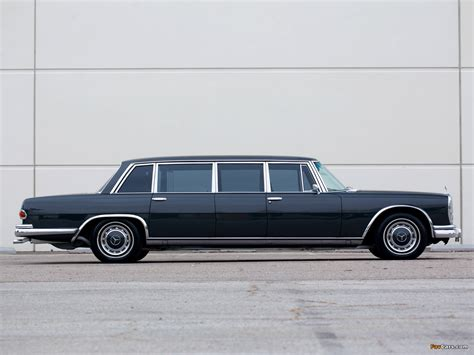 Pictures of Mercedes-Benz 600 4-door Pullman Limousine ...