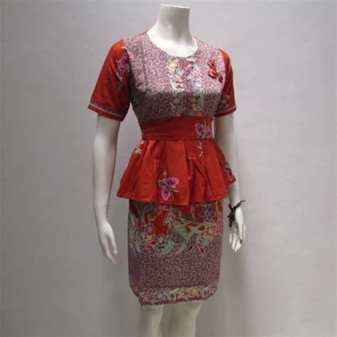 dress batik modern wanita model lengn pendek motif cantik