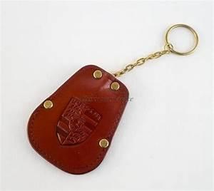 Porte Clé Porsche : pochette porte cl 356 cuir avec cusson porsche ~ Dallasstarsshop.com Idées de Décoration