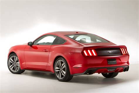 Uk Ford Mustang by 2015 Ford Mustang Gets Debut Autocar