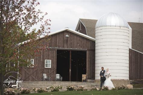 The Barn At Cottonwood Weddings