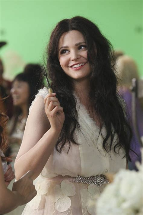 'Once Upon a Time' Behind The Scenes: Snow White in ...