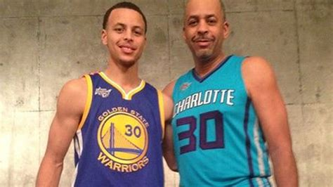 stephen  dell curry pose  awesome family photo