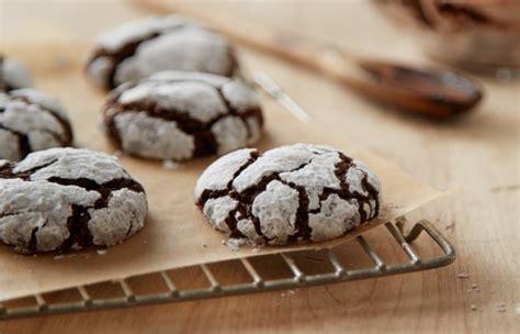 hersheys kitchens cocoa crinkle cookies baking recipe