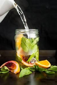 Fresh Orange and Mint Tea | Lauren Caris Cooks