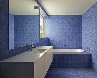 essential tips  choosing  perfect bathroom tile