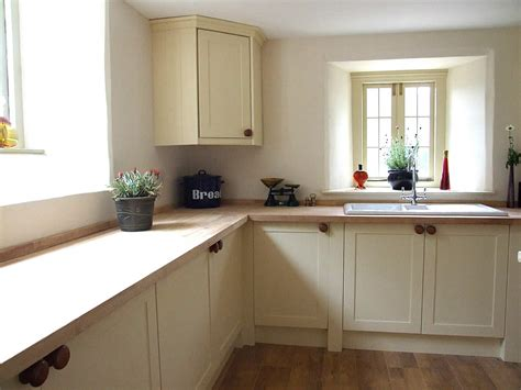 shaker kitchen designs photo gallery painted shaker kitchens made in wales colin spicer 7914