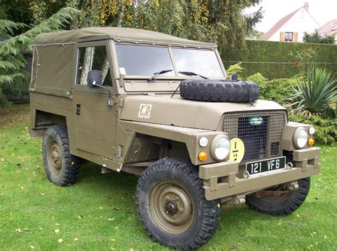 buy  sell military vehicles military  sale  spare