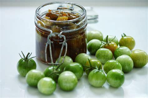cuisiner des tomates vertes chutney de tomates cerises vertes au gingembre sof vous invite