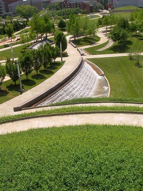 university  cincinnati ohio campus green