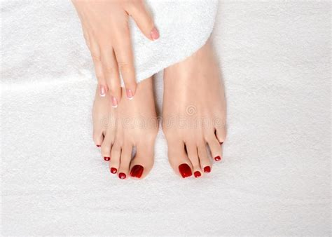 Poltrona Pedicure Foot Classic : Girl Toes With Red Nail Stock Image. Image Of Teen, Nice