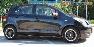 Toyota Yaris Original Felgen : toyota yaris mit schwarzer dbv s australia 15 zoll alufelge ~ Jslefanu.com Haus und Dekorationen