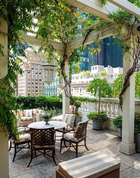 Patio Areas In Gardens by 20 Great Patio Ideas Beautiful Outdoor Seating Areas And