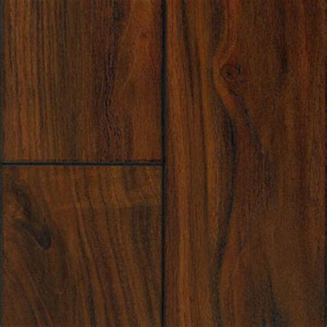 Laminate Flooring: Time Crafted Maple Laminate Flooring
