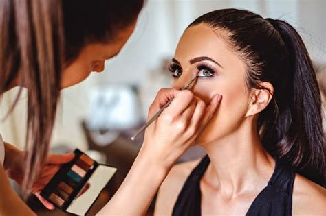 makeup artists in new york find a makeup artist school near you in new york city