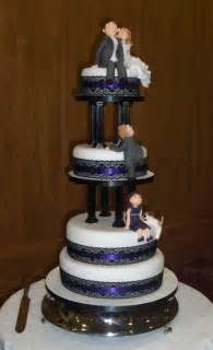 walmart mens wedding rings tier cake and wedding cupcakes how to make special cake and cupcake decorating business from