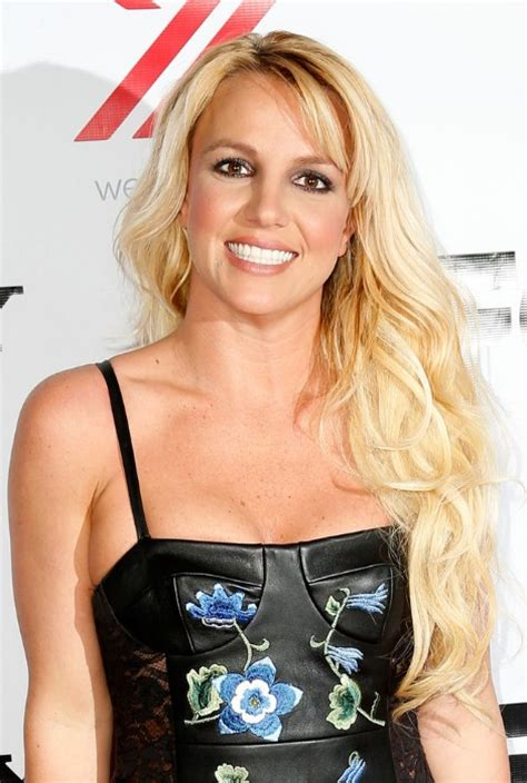 britney spears hairstyles bottle blonde tresses  loose