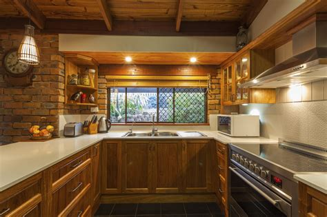 Best Kitchen Remodel Ideas - 10 tips for remodeling the best small galley kitchen