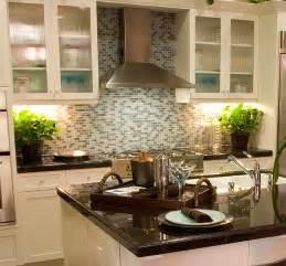 Glass Tile Kitchen Backsplash Ideas