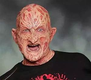Robert Englund Back As Freddy Kruger!!! - That Hashtag Show
