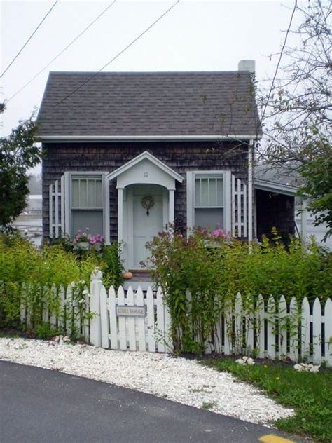 cottage home company tiny cozy cottages elements of style