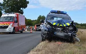 Accident De Voitures : accidents de la route charente ~ Medecine-chirurgie-esthetiques.com Avis de Voitures