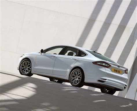 Ford Fusion Turbo by Ford Fusion V6 Turbo