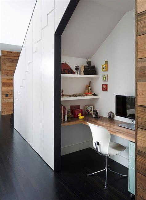 les 25 meilleures id 233 es concernant bureau sous un escalier sur espace sous les