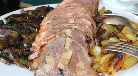 Roti De Canard Au Foie Gras by R 244 Ti De Canard Fourr 233 Au Foie Gras Ferme Las Crab 232 Res