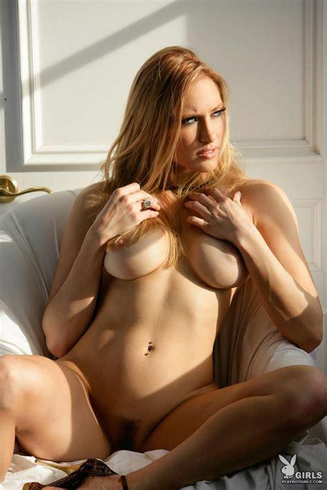 Jessica Lorin In Sexy Nighty