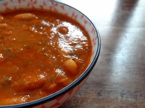 cuisiner des haricots blancs soupe de haricots blancs jani me fasule albanie