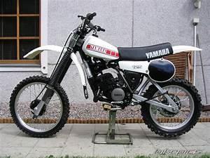 Fiche Technique 125 Yz : bikepics 1980 yamaha yz 125 ~ Gottalentnigeria.com Avis de Voitures
