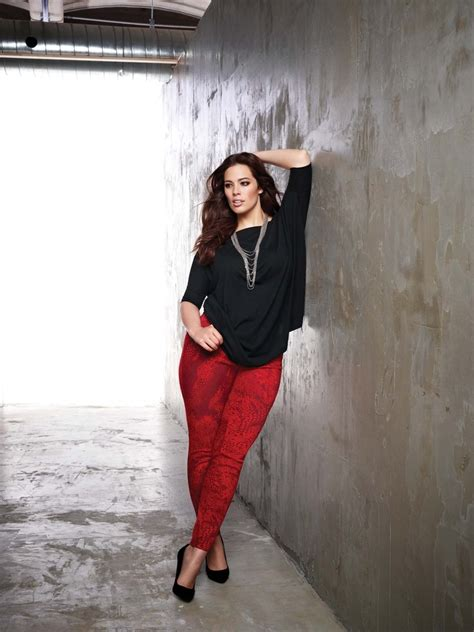 5 ways to wear plus size red pants in glamorous ways - Page 5 of 5 - curvyoutfits.com
