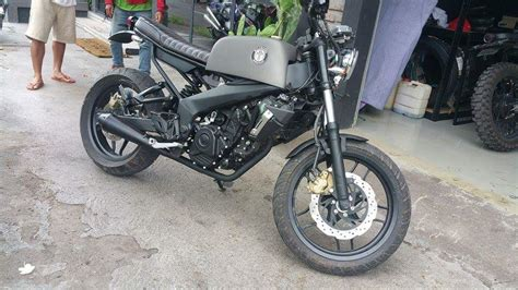 This Modified Bajaj Pulsar 200 Ns Scrambler